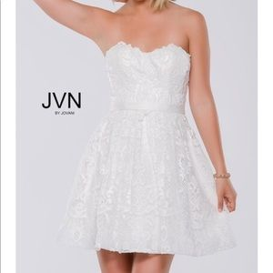 Jovani White Floral Embellished Dress Size 6